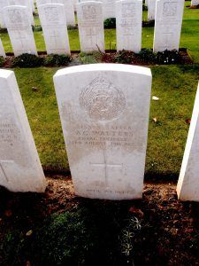 Grave - white stone, inscription - Sapper A.G. Walters Royal Engineers 22nd August 1918 Age 32 Until We Meet